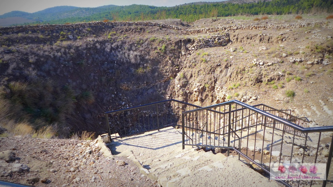 The entrance to the Megiddo Spring
