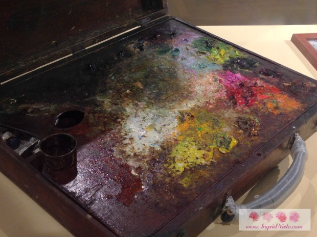 Paint box for outdoor painting used from 1968 to 1991 (Romulo Galicano)